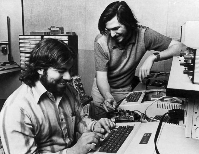 apple_1_steve_wozniak_left_and_steve_jobs